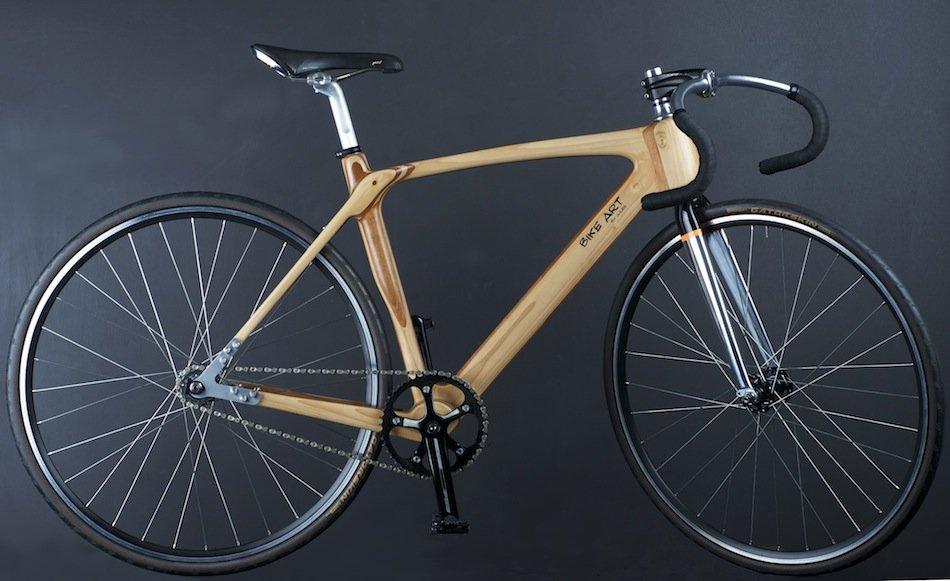 Cadre de bicyclette en bois