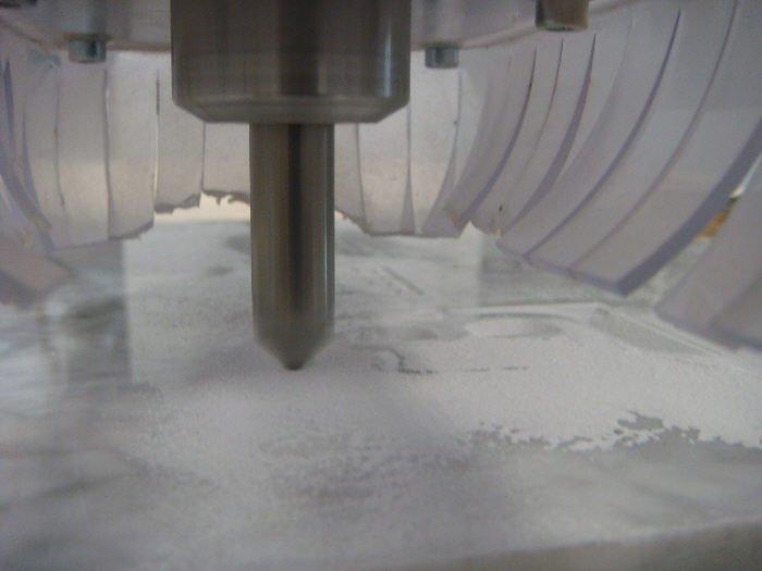 Fraisage sur du marbre de carrare en cours