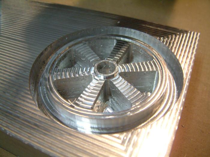 Fraisage d'une roue de voiture final