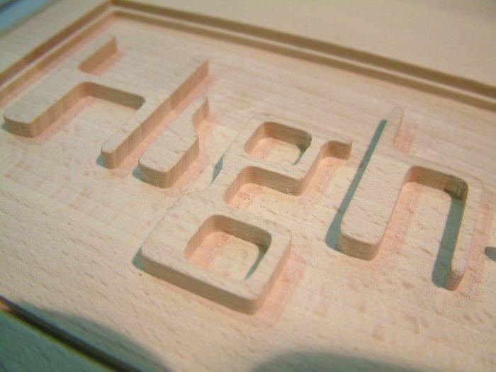 Sublime écriture gravure sur bois